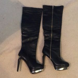Black over the knee fashion boots